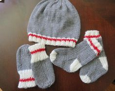 Work sock/sock monkey style baby set for 6 month old Knitting For Kids, Baby Knitting Patterns, Knitting Socks, Hand Knitting, Crochet Patterns, Knitting Videos, Crochet Baby Bonnet, Knit Crochet, Crochet Hats