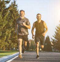 Gratis strikkeoppskrift - Nå kan du strikke din egen julegavegeit Running, Sports, Hs Sports, Keep Running, Why I Run, Sport