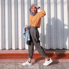New Fashion Style Hijab Ootd Ideas Modern Hijab Fashion, Street Hijab Fashion, Hijab Fashion Inspiration, Muslim Fashion, Classic Fashion, Bohemian Fashion, Trendy Fashion, Spring Fashion, Trendy Outfits