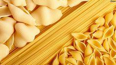 Informação Nutricional: Macarrão refogado. Porção, calorias, gorduras totais, saturadas, trans, colesterol, sódio, carboidratos, fibras, açúcar, proteínas,