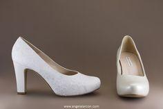 Modelo 16536-5011 de la colección de zapatos de novia 2016 de la marca Ángel Alarcón. Fabricado en España. Salón de novia cómodo.
