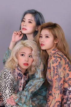 twice dahyun, sana and chaeyoung Blackpink Twice, Twice Kpop, Twice Sana, Mamamoo, Nayeon, Kpop Girl Groups, Korean Girl Groups, Kpop Girls, Twice Photoshoot