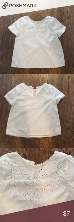 4423a205909 Eyelet top White eyelet top from old navy. Size small. Pretty light fabric  with