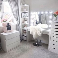Sunday's. The perfect day for getting inspired and creating gorgeous beauty spaces. Loving this layout and use of IKEA furniture by . Use our VC Dividers – Medium size for both the – IKEA Alex 9 drawer divider per drawer) – Malm 3 d Sala Glam, Vanity Room, Ikea Vanity Table, Vanity Set, Corner Vanity Table, Makeup Vanity Tables, Ikea Makeup Vanity, Mirrored Vanity, Vanity Decor