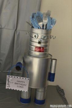 Maker Fun Factory Vbs, Diy Robot, Robot Crafts, Robot Art, Robot Theme, Transformer Birthday, Cutlery Holder, Space Party, 4th Birthday Parties