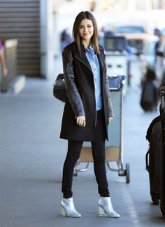 Look of the Day, January 15th: Victoria Justice's Airport Outfit
