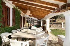 Der er plads til hele familien og lidt til i denne fantastiske landejendom på Mallorca! #pollensa #mallorca #feriebolig #udsigt #view