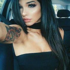 Beauty Make-up, Beauty Hacks, Hair Beauty, Gina Lorena, Choker Dress, Corte Y Color, Beautiful Eyes, Dark Hair, Pretty Face