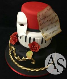 Phantom of the Opera Cake  - jannastyleblog.com