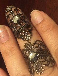Knuckle and finger tip filigree set copper color with black diamond swarovski crystal by pickapicka on Etsy https://www.etsy.com/listing/208570195/knuckle-and-finger-tip-filigree-set