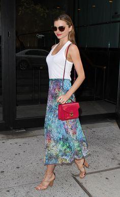 Miranda Kerr love this look especially the skirt