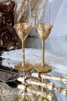 Gold Gatsby Style wedding Champagne Flutes/ Gold par DiAmoreDS