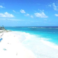 Did you know that Crane Beach, located on the south east of Barbados, was voted one of the top 10 beaches in the world? #cobblerscove #Barbados  Barbados Vacation Få mere information på vores websted   https://storelatina.com/barbados/travelling #Барбадос #vacation  Barbados Travel  Für Informationen Zugriff auf unsere Website   https://storelatina.com/barbados/travelling
