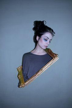 Milica Staletovic, es una artista de 20 años, con talento para la fotografía. Habitualmente, toma fotografias a los demas. Pero de vez en cuando, en...