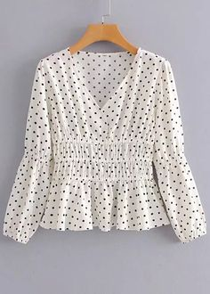 V-Neck Blouse in White Dot - Amalia Casual Skirt Outfits, Cute Outfits, Blouse Styles, Blouse Designs, Blouses For Women, Ladies Blouses, Blouse Outfit, V Neck Blouse, Ladies Dress Design
