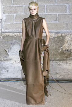Maison Martin Margiela Fall 2011 Ready-to-Wear - Collection - Gallery - Look 1 - Style.com