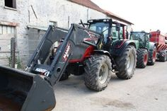 Here a very cool Valtra #tractor! Looking for another make of #tractors? Check out our section for farm tractors at http://www.agriaffaires.co.uk/used/1/farm-tractor.html