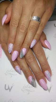 Want some ideas for wedding nail polish designs? This article is a collection of our favorite nail polish designs for your special day. Cute Summer Nails, Cute Nails, Pretty Nails, Shellac Nails, Acrylic Nails, Coffin Nails, Winter Nails, Spring Nails, Acrylic Nail Designs