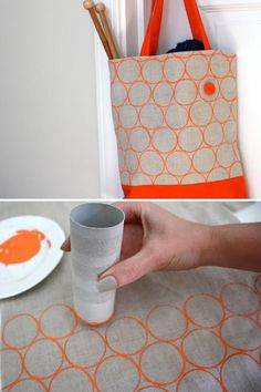 DIY Toilet Paper Roll Printing on fabric -- tutorial from Lime Riot: limeriot. basteln stoff DIY Toilet Paper Roll Printing on fabric — tutorial from Lime Riot: limeriot. Diy For Bags, Fabric Stamping, Diy Tote Bag, Ideias Diy, Diy Bottle, Jute Bags, Toilet Paper Roll, Diy Candles, Textile Prints