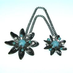 Vintage 50s Sweater Guard / Silver Flower by BreesVintageRevivals, $12.00