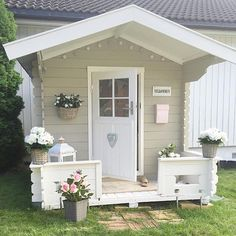 Lovely by @sukkerdrom Kids Cubby Houses, Play Houses, Playhouse Interior, Shed Makeover, Outdoor Fireplace Designs, Outdoor Fun For Kids, Wendy House, Home Garden Design, Backyard Projects
