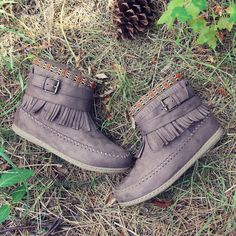 Pine Grass Moccasins, Rugged Boots & Moccasins from Spool No.72 | Spool No.72