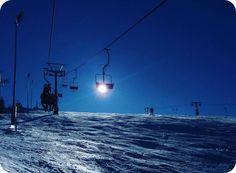 Dimineata senina cu zapada si soare la Straja Skiing, Holiday, Ski, Vacation, Holidays
