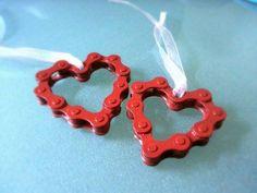 bike chain into hearts