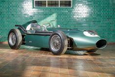 "itsbrucemclaren:  ""1959 Aston Martin DBR4  """