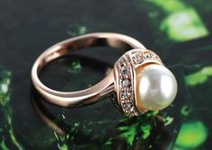 Rose Gold Plated #ring with Austrian Crystals and Imitation #pearl