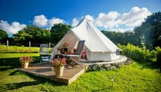 Glamping UK offers glamping throughout the UK including Devon, Cornwall, Kent, Sussex, Essex, Suffolk, Norfolk, Yorkshire, The Lakes, Wales and Scotland.