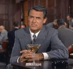 Cary Grant as Roger Thornhill in 'North by Northwest', 1959.