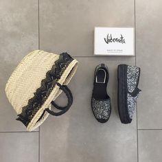 Feliz día gris!!! http://www.calzadosbeguer.com/147766-vidorreta-yute.html #bags #fashionblog #fashionblogger #fashionlover #fashionista #shoestagram #shoponline #shop #shopping #shoeporn