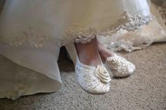 Wedding Shoes Women's Bridal shoes Vintage Lace by Pink2Blue