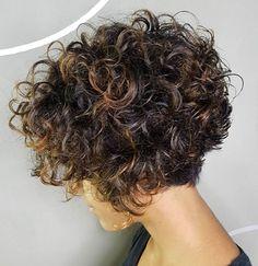 20 latest hairstyles for short curly hair - short hairsty .- 20 Neueste Frisuren für kurzes lockiges Haar – short-hairstyless… – 20 latest hairstyles for short curly hair short-hairstyless … – - Bob Haircut Curly, Curly Hair With Bangs, Short Curly Haircuts, Short Curly Bob, Curly Hair Cuts, Curly Bob Hairstyles, Short Hair Cuts, Curly Hair Styles, Latest Hairstyles