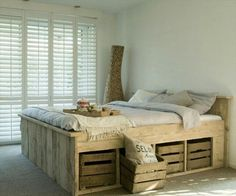 Pallet bed with storage   ** Follow all of our boards** http://www.pinterest.com/bound4burlingam/