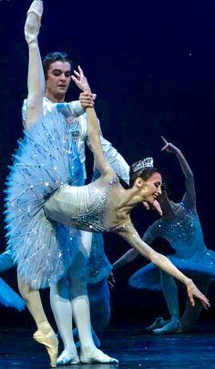 Svetlana Zakharova and Alexander Volchkov-Diamonds-Bolshoi Ballet- Photo by Philippe Jordan