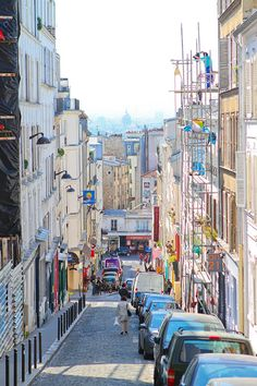 Montmartre, Paris, France. www.kevinandamanda.com #travel #paris #france #photography