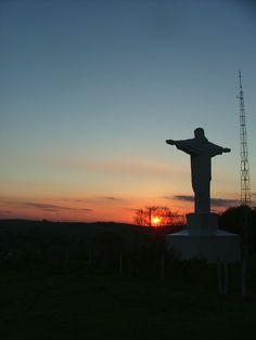Cristo no por do sol