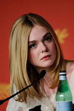 Elle Fanning attends 'The Neon Demon' Press Conference during the 69th annual Cannes Film Festival at the Palais des Festivals on May 20, 2016 in Cannes, France.