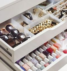 Makeup & Jewelry Organization Goals: Store Nail Polishes Laying Down