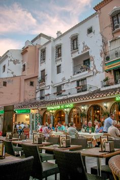 Date night in Tapa-dise // Nerja, Spain • The Overseas Escape