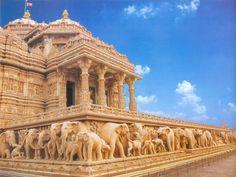 Akshardham Temple, New Delhi, India Another reason to go to India.