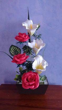 Nylon Flowers, Clay Flowers, Crochet Flowers, Silk Flowers, Fabric Flowers, Paper Flowers, Creative Flower Arrangements, Spring Flower Arrangements, Rose Arrangements