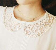 Lace peter pan cutout cullar and delicate gold necklace - www.wearelse.com - #fashion #jewellery