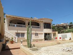 Costa Blanca Property Sales: Villa for sale in Benissa - Close to beach