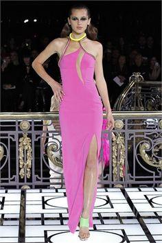 Luci a neon per illuminare le notti glam - Atelier @Versace ss 2013 http://lamiastilistapersonale.wordpress.com/2013/01/29/la-selezione-degli-abiti-piu-belli-dell-haute-couture-ss-2013-part2/#