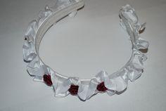 Schicker Haarreifen mit Rüschenband und Röschchen von fashion-dekoatelier auf DaWanda.com
