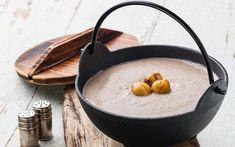 Cremig deftige Marronisuppe Vegan Soups, Serving Bowls, Food And Drink, Tableware, Easy, Best Soup Recipes, Black Pudding, Deli Food, Dinnerware