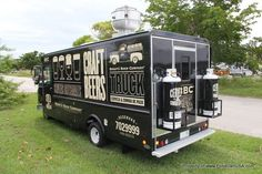 Gourmet Food Trucks for sale USA and Canada - custom made in Miami, Florida with the highest quality products. Our trucks are selected by top chefs and have been featured in national news. Food Truck For Sale, Trucks For Sale, Food Truck A Venda, Food Trucks Los Angeles, Foodtrucks Ideas, Mobile Food Trucks, Beste Brownies, Food Truck Design, Food Design